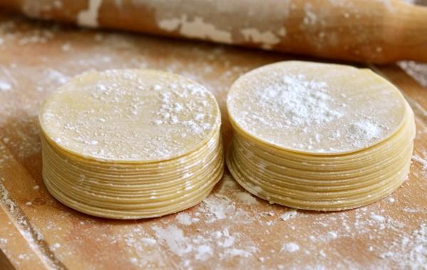 Тесто для вареников и мантов